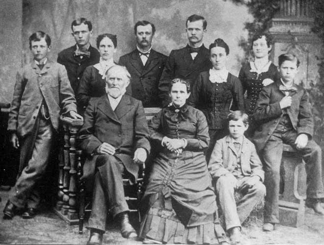 Rev. Friedrich W. and Louisa (Otto) Fiegenbaum family